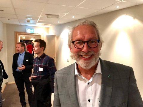 UVISST: Carl-Erik Grimstad (V) må vente i spenning en stund til. Utfallet av en fintelling i Bergen kan gjøre at utjevningsmandatet glipper for Venstre i Vestfold.