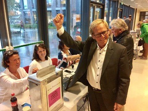 HØYRE FYLTE URNENE: I valgkretsen for Teie, der Nøtterøy-ordfører Jonstang stemte, gikk 40 prosent av stemmene til Høyre.
