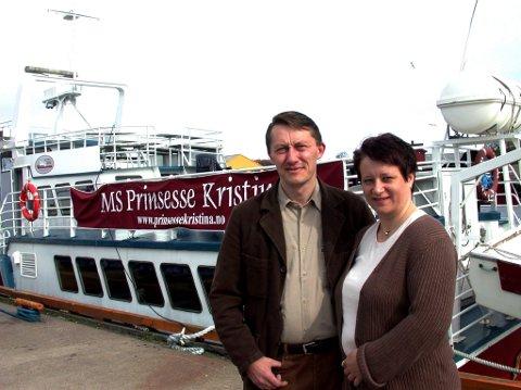 SKJÆRGÅRDSTURER: Leif Erik og Hanne Fadum startet opp chartertrafikken med Prinsesse Kristina i 2003. Nå har de solgt båten videre.