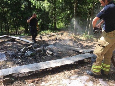 SKOGBRANNFARE: Vestfold Interkommunale Brannvesen melder på sine Facebooksider lørdag at skogbrannfaren fortsatt er ekstrem. De ber folk om å vise aktsomhet.