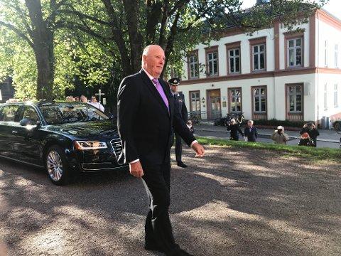 Kongen har kommet til Tønsberg domkirke