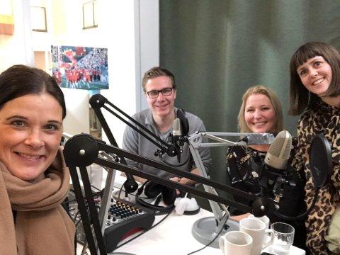 NYTT ÅR: Cecilie Bækken Sørumshagen (f.v.), Truls Lian, Anne Charlotte Schjøll og Marie Olaussen setter nyttårsforsetter under lupen.