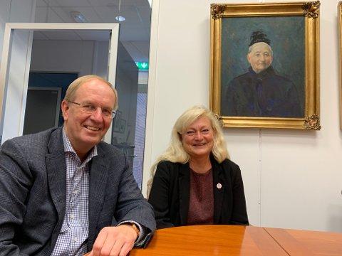 LOGISK: Tønsberg-ordførerne Petter Berg (H) og Anne Rygh Pedersen (Ap) ser på det som naturlig at tingretten blir en del av et allerede sterkt faglig miljø i Tønsberg.