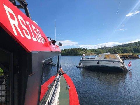 TYPISK: En båt har gått på grunn. Da er Eivind Eckbo ofte redningen.