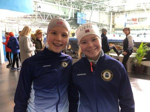 SØLVJENTENE: Ina Nakken (til venstre) og Vilde Semb fikk hver sin sølvmedalje.