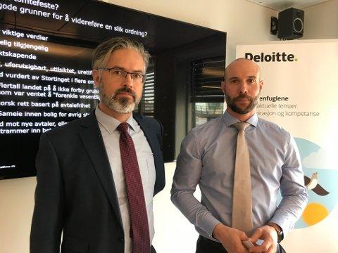 BØR BORT: Deloitte-advokatene Thorvald Nyquist og Knut Skarvang mener hele tomtefesteinstituttet burde fjernes.