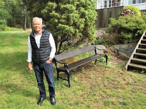 NEI: Arnfinn Hafsteen kan ikke forstå hvorfor kommunen kan fravike byggeforbudet og tillate ny vei.
