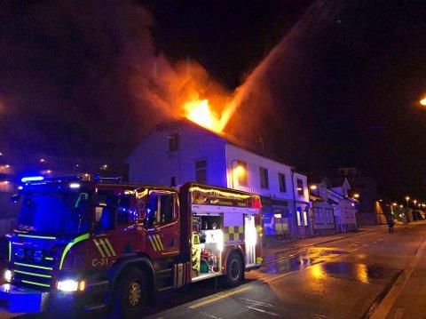 BRANN: Det brant i tredjeetasje i en bygning i Horten sentrum natt til torsdag.