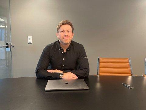 UTVIKLING: Raymond Wassenger, gründer og daglig leder av selskapet Mobilverkstedet.no, forteller at selskapet vokser for hvert år.