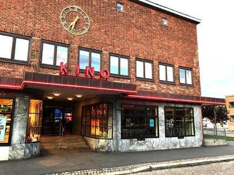 STENGT: Horten kino er det vanlige lokalet for Horten Filmklubbs visninger. Nå bringer klubben sine forestillinger hjem til deg i stedet.