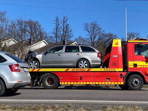 Her er den ene ulykkesbilen på lasteplanet til Viking.