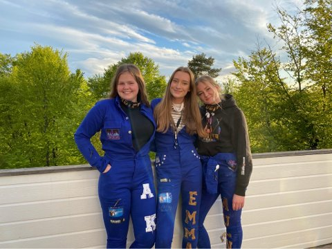 FIN RUSSETID: Aurora Solheim Aker, Emma Aas-Pedersen OG Madelén Auen har gjort mye gøy i russetiden, selv om den ikke ble helt som forventet.