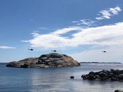 SUSTE FORBI: Her er helikoptrene fotografert ved Eftang.