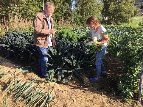 BEREDSKAP: Anders Nordrum og kona Barbro dyrker egne grønnsaker og er opptatte av beredskap.