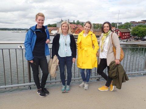 GLEDER SEG: Prosjektleder Ellinor Aas (til venstre) og daglig leder Line Løvstad Nordbye (til høyre) fra Bjørbekk & Lindheim ser frem til å bidra til fremtidsvisjoner for Tønsbergs havneområde. Prosjektleder Cathrine Heisholt (nummer to fra venstre) og medansvarlig Emilie Lassen Bue følger opp fra kommunen.