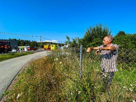 IGJEN: Mandag skjedde det igjen. Gunnar Johansen håper veieier kan sette opp fartshumper eller fotobokser på Bispeveien i Våle.