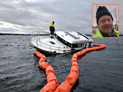 OPPGITT: Båteier Morten Johansen var vitne til at båten hans ankom Vallø sterkt skadet.