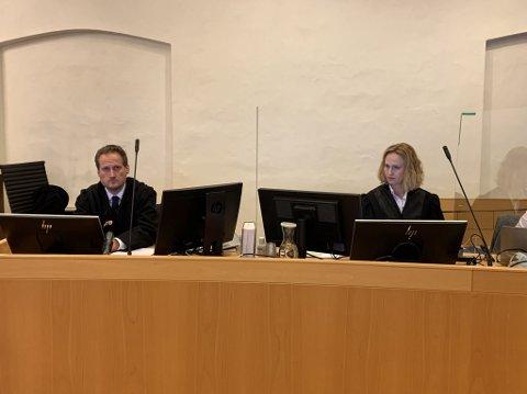 Førstestatsadvokat Esben Kyhring og statsadvikat Maria Bache Dahl har lagt ned påstand om 8 måneders fengsel for både Rune Breili og Harald Svendsen.