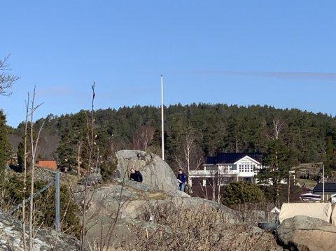 TILSYN: Kommunen gjennomførte tilsyn på eiendommene i Holtekjærstranda 78 og 80 onsdag morgen.