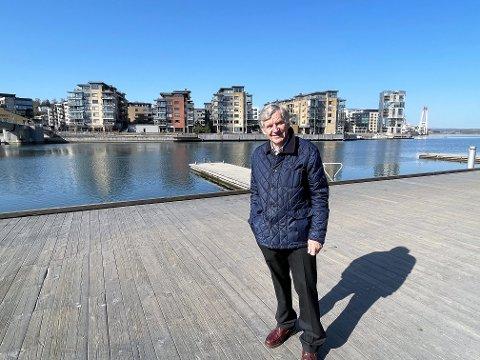 TAR OPP SAK: - Sørg for å få sjøfartsavdelingen tilbake på Slottsfjellsmuseet, der det hører hjemme som en del av byens kultur og historie, sier Gunnar Luthen.