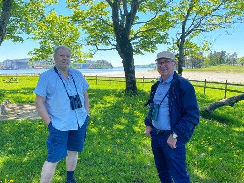 VIL DELE GLEDEN: Ragnar Syvertsen og Finn Hauge fant begge interessen for fuglelivet i ungdomsårene. Nå ønsker de å tilgjengeliggjøre denne delen av Tønsbergs natur for flest mulig.