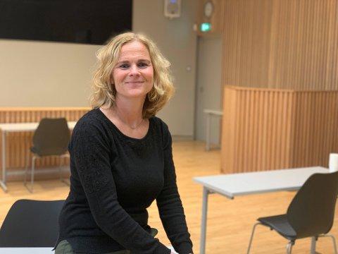 TRAVELT: Kommuneoverlege Elin Jakobsen i Færder kommune er glade for at det knapt er smitte å spore i kommunen.