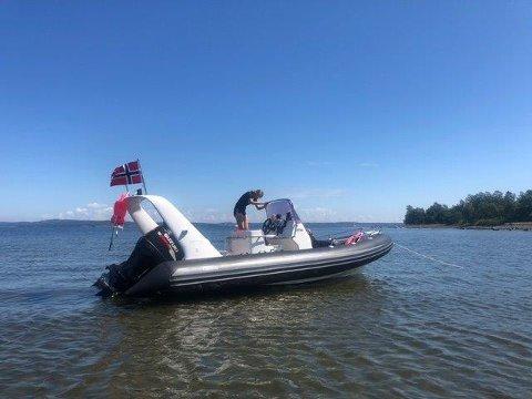 STJÅLET: Har du sett denne båten? Ring politiet på 02800.