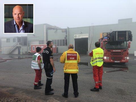 FORNØYD: Medeier John Feddersen Heggelund setter stor pris på nødetatenes innsats ved brannen i lokalene på Borgeskogen.