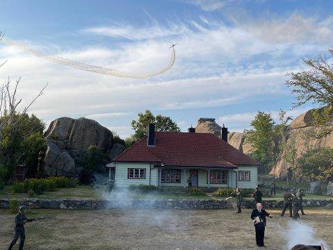 BLUSS-BRANN: Det oppsto en liten brann i forbindelse med starten av Toråsspelet lørdag kveld.