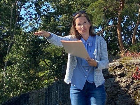 SAKSØKER: Advokat Anne Tellefsen har fremmet et erstatningskrav mot Færder kommunen som har i fjor trukket tilbake tillatelsene gitt av Tjøme kommune.