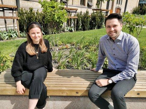 BEKYMRET: Det haster med tiltak for elever som sliter, mener fylkespolitikerne Karoline Aarvold (H) og Bjørn-Kristian Svendsrud (Frp).