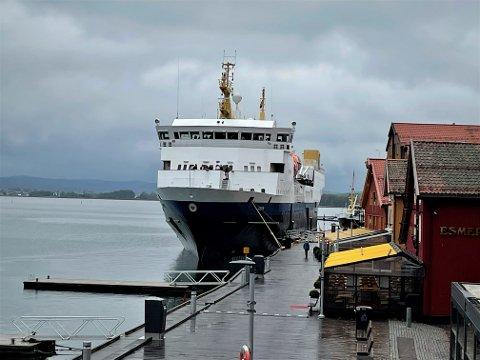 REKRUTERINGSTOKT: Skoleskipet Gann møter rundt 2.500 ungdomsskoleelever i løpet av rekruteringstokten i Sørøst Norge. Torsdag la skoleskipet til kai i Tønsberg for å møte distriktets 10. klassinger.