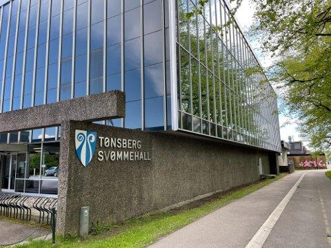ØNSKER IKKE Å RENOVERE: – På sikt ønsker vi et nytt og moderne anlegg i Tønsberg-distriktet, men jeg er ganske trygg på at å rehabilitere den nåværende svømmehallen i Tønsberg ikke er raskeste veien til å nå det målet, sier Tom Mello i Færder Høyre.