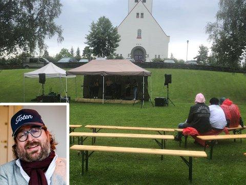 Ken Andre Ottesen lot ikke være da dette bildet fra hjemstedet Raufoss dukket opp.