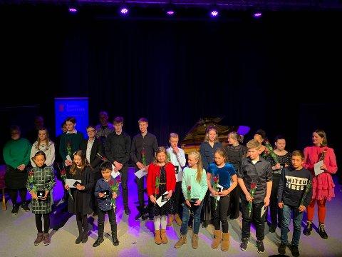 TANGENTIADE: 30 unge pianister deltok i lørdagens tangentiade.