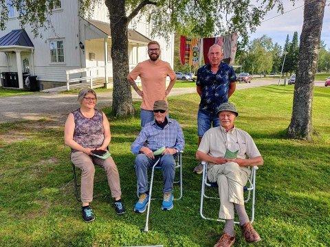 KRONERULLING: Foran fra venstre: Ingeborg Granlund, Erik  Langedal, Aksel Napstad. Bak fra venstre: Stian Olafsen og Kjell Borglund.