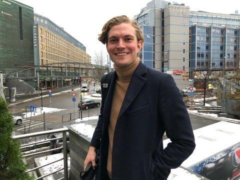 VIN: Kristian Thune satser på vinimport. Selskapet har fått adresse hjemme på Eina.