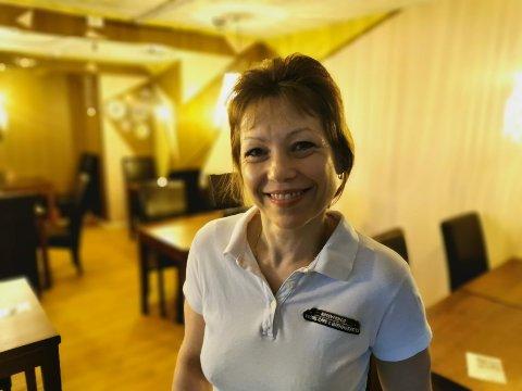 KAFÉ-EIER: Olga Popova har byttet veggene, lampene og møblene i lokalene sine.
