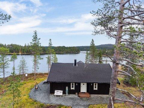 REKORDSALG: Hytta ved Innsvatnet i Verdal ble solgt for en million over takst og satte prisrekord i Sandvika.