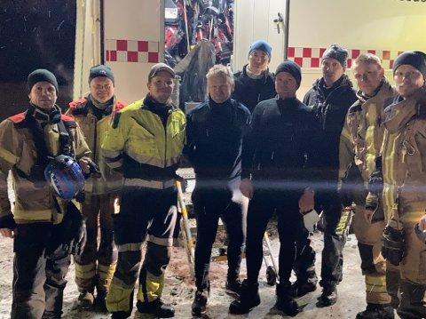 LEDER KREVENDE ARBEID: Birger Thurn-Paulsen (til venstre) fra Levanger leder USAR-teamet fra Trøndelag brann og redningstjeneste (TBRT) – som jobber med å søke etter savnede i rasgropa i Gjerdrum.