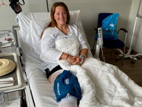 UHELDIG: Rikke Sunde Midtun var sengeliggende etter operasjonen, men nå er hun kommet sakte i gang med bøye-øvelser. LHK-keeperen er fast bestemt på å komme tilbake fra skaden.