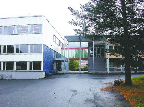Ungdomstrinnet: Lyngmyr ungdomsskole.