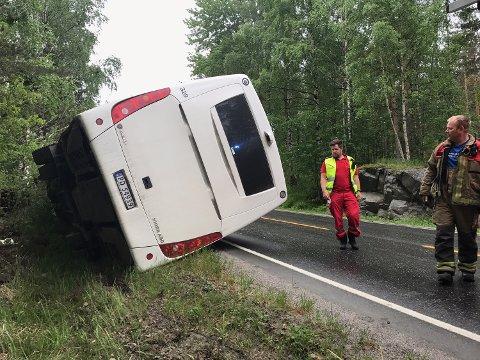 De fire skoleelevene som var om bord, slapp uskadde fra ulykken.