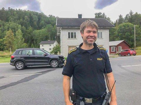 Intervjurundene til stillingen som politikontakt i Tvedestrand er i gang, og Morten Tobiassen er en av fem som har søkt på jobben.