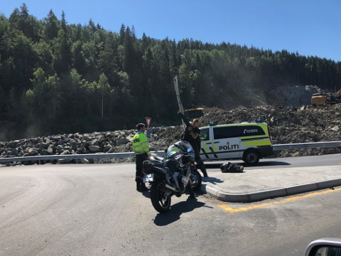 En motorsykkel er involvert i trafikkulykken.