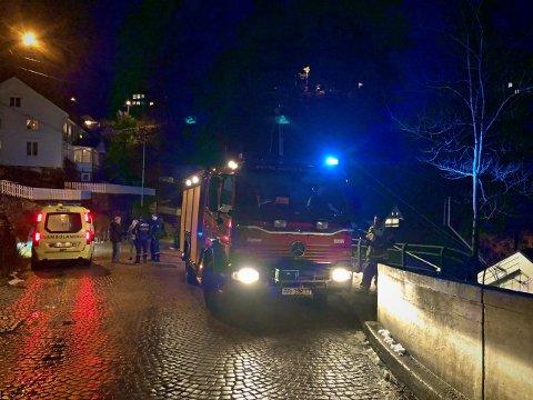Fikk raskt kontroll: Nødetatene rykket ut til et branntilløp i Tvedestrand torsdag kveld.