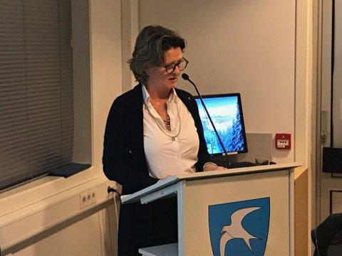 Anne Killingmo: Må ta opp mobbeproblemet i det forumet hun opplever seg mobbet - det vil si formannskapet eller kommunestyret.