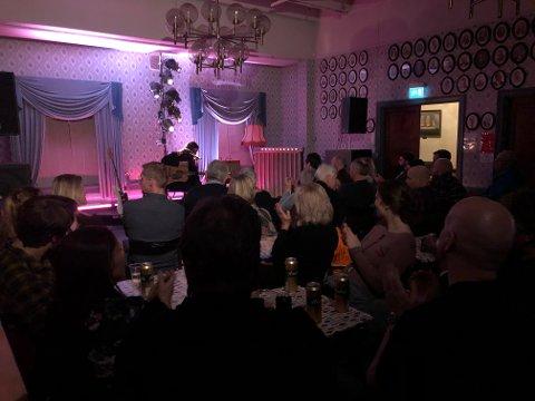 I kveld var det fullt på Kulturklubben i Rådhuset. Torgeir Waldemar var tilbake etter at han stod for åpninsgkonserten til kulturklubben for fire år siden.