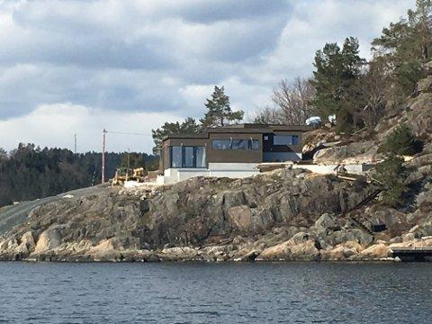 Ny i innseilingen: Slik der den nye hytta på Epleviktangen ut.