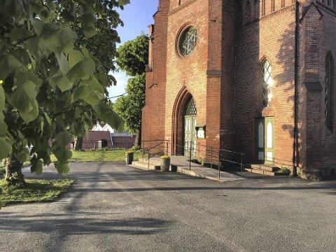 Tvedestrand kirke får snart en ny prest. Bjørn Nome fra Fyresdal har fått stillingen som sogneprest i Tvedestrand og Dypvåg.